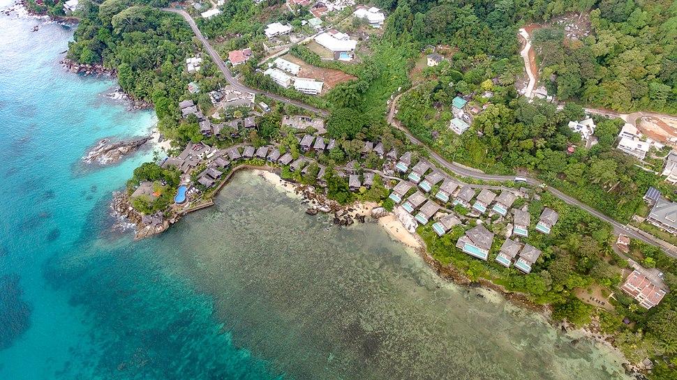 Beach resort Mahe, Seychelles (39619518591)