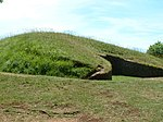Belas Knap Long Barrow - geograph.org.uk - 89926.jpg