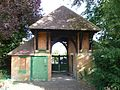 Bell's Hill Burial Ground gatehouse, Chipping Barnet (2).jpg