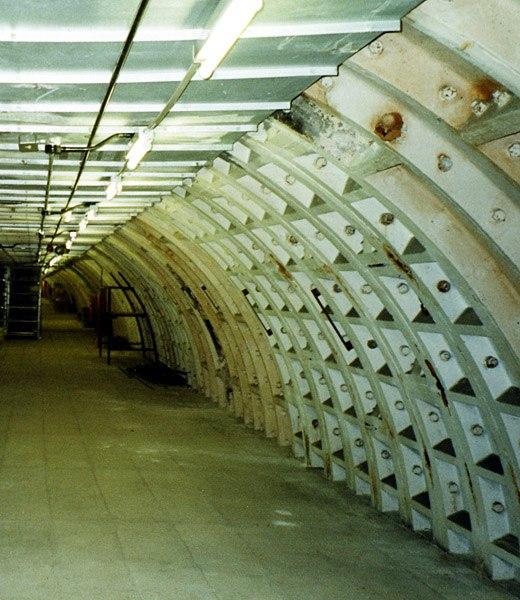 Belsize Park deep level shelter 3