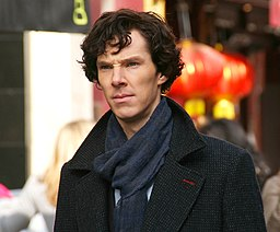Benedict Cumberbatch filming Sherlock cropped2