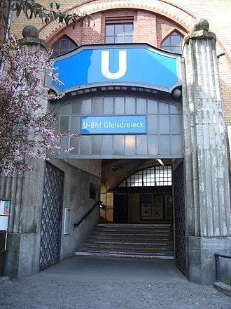 Gleisdreieck (Berlin U-Bahn) - Entrance