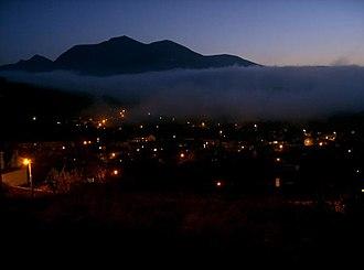 Bethesda, Gwynedd - Image: Bethesda night