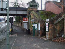 Birkbeck stn mainline entrance.JPG