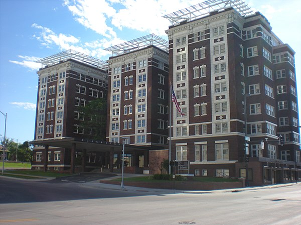 blackstone hotel omaha nebraska. Black Bedroom Furniture Sets. Home Design Ideas