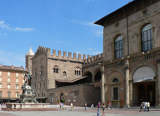 Bologne place 082005