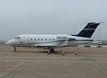 Bombardier Challenger 600 (Nomad Aviation) (3112957365).jpg