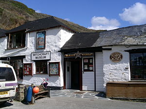 Deutsch: Museum of Witchcraft in Boscastle (vo...