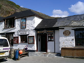 Museum of Witchcraft and Magic - Image: Boscastle 20040414 Mo W