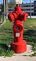 Bouche incendie, parking de la mairie de Rillieux-la-Pape.jpg