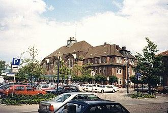 Bremen–Bremerhaven railway - Bremerhaven Hbf