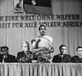 Bundesarchiv Bild 183-76054-0004, Leipzig, Kenia-Tag, Gerald Götting.jpg