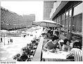 Bundesarchiv Bild 183-N0620-0019, Dresden, Prager Straße, Restaurant.jpg