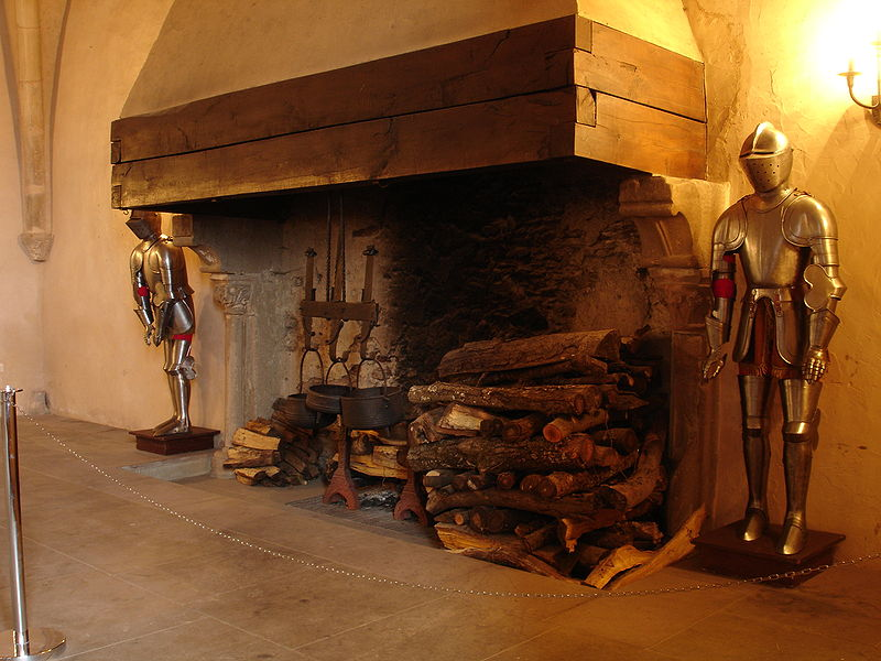 File:Burg Vianden 2.JPG