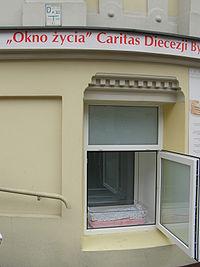 Bydgoszcz okno zycia.JPG