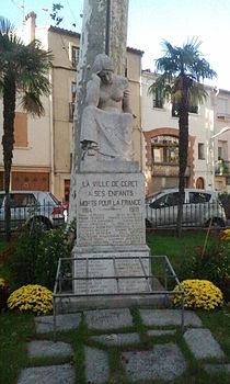 Céret - Monument aux morts.jpg