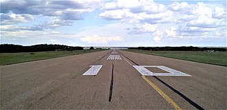 Edmonton/Cooking Lake Airport - Runway 10