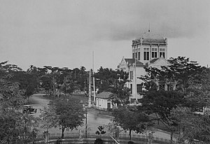 Menteng - The office building of N.V. de Bouwploeg, now the Cut Mutiah mosque