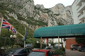 Caleta Hotel - Image: Caleta Palace Hotel entrance