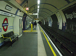Camden Town stn northbound Edgware look south