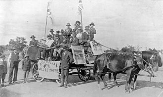 Conscription in Australia - Supporters of conscription campaigning at Mingenew, Western Australia in 1917