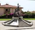 Carbonia, monumento ai minatori.jpg