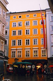 Mozart's birthplace at Getreidegasse 9, Salzburg (Source: Wikimedia)