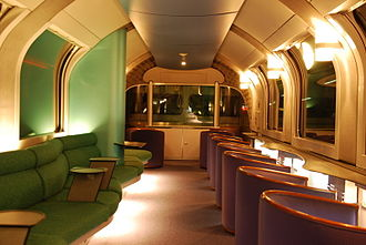 Cassiopeia (train) - Interior of the lounge car looking towards the locomotive