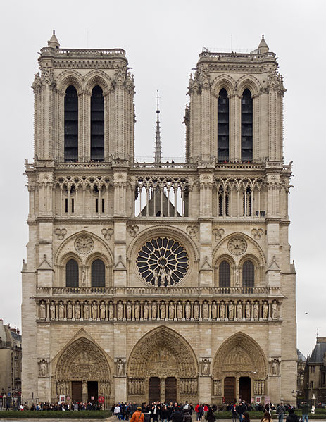 Gotička arhitektura 463px-Cath%C3%A9drale_Notre-Dame_de_Paris_-_12