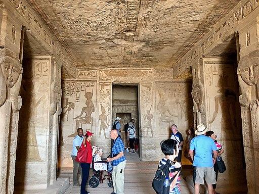 Central Hall, Temple of Hathor and Nefertari, Abu Simbel, AG, EGY (48016651451)
