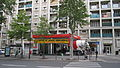Centre de Lavage Kärcher, Avenue Daumesnil, Paris 2011.jpg