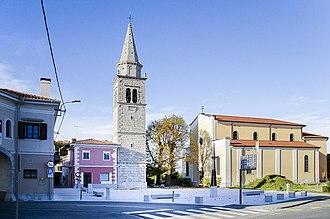 Sežana - Image: Cerkev Sv. Martina v Sežani