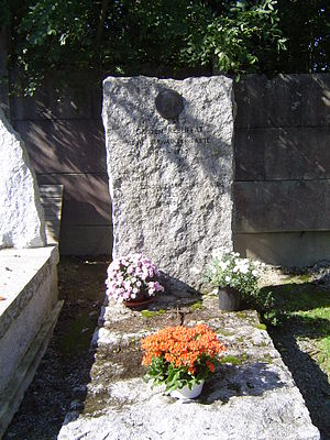 Gaston Rébuffat - The gravestone of Gaston Rébuffat