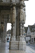Chartres Cathedral North Porch Central Bay Right Jamb Outer Figures 2007 08 31.jpg