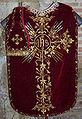 Chasuble rouge - Cathédrale de Lombez.jpg