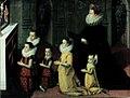 Chiara Albini Petrozzani in preghiera con i figli.jpg