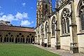 Cloître cathédrale Notre-Dame de Bayonne.jpg