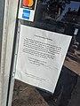 Closure notice, Rocket Fizz, Magnolia Park, Burbank, California, USA (50119249482).jpg