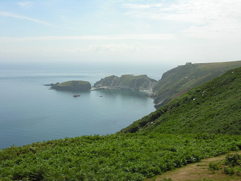 File:Coast of Lundy (7).jpg
