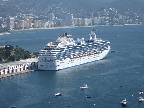 Cruising at the International Transatlantic Port Lieutenant Jose Azueta Cruise in Acapulco, Mexico.jpg