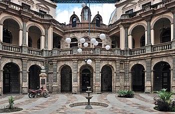 Cuenca Ecuador Corte sup Just 04