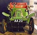De Dion-Bouton Type Q aus Beaulieu hellgrün (1).JPG