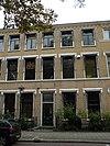 foto van Voornaam woonhuis in bakstenen neo-gotiek naar Engelse trant