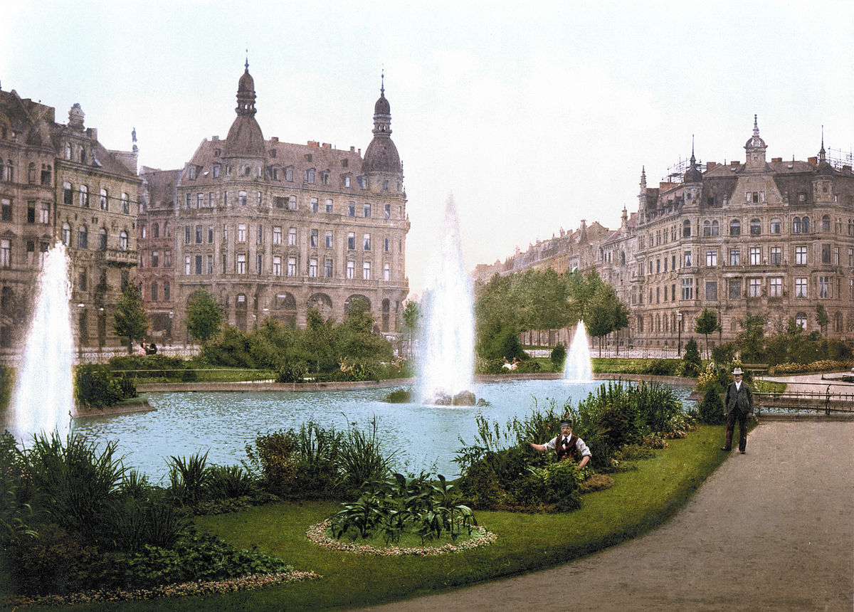 Der Deutsche Ring, Cologne 1900.jpg
