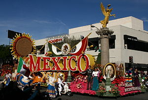 English: Bicentennial Mexico ~ Rose Parade Jan...