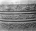 Detail van een der vroegere carillonklokken door F. en P.Hemony, thans luidklok - Arnhem - 20024810 - RCE.jpg