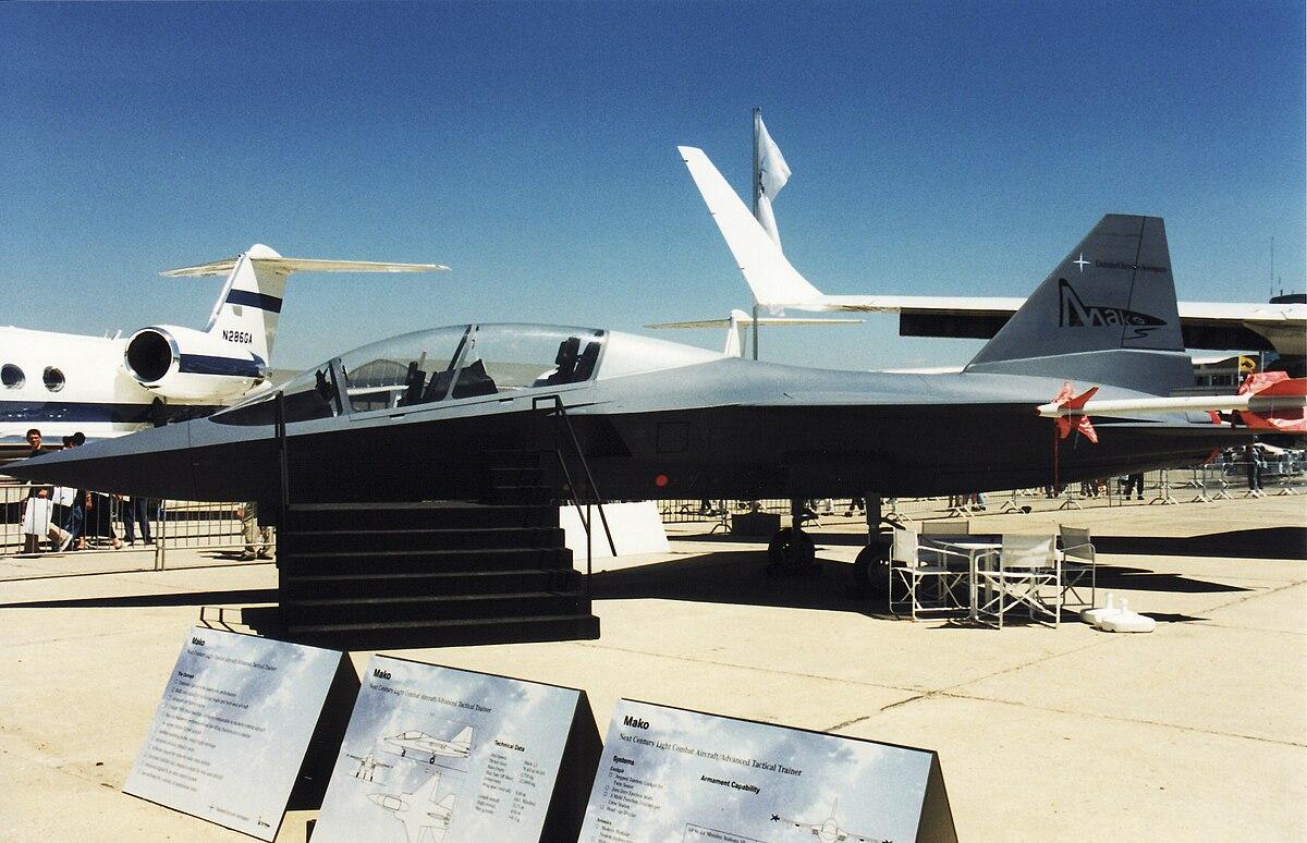 EADS Mako jet trainer mockup at Paris Air Show June 1999.jpg