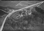 ETH-BIB-Hallwil, Schloss Hallwil v. S. W. aus 150 m-Inlandflüge-LBS MH01-006000.tif