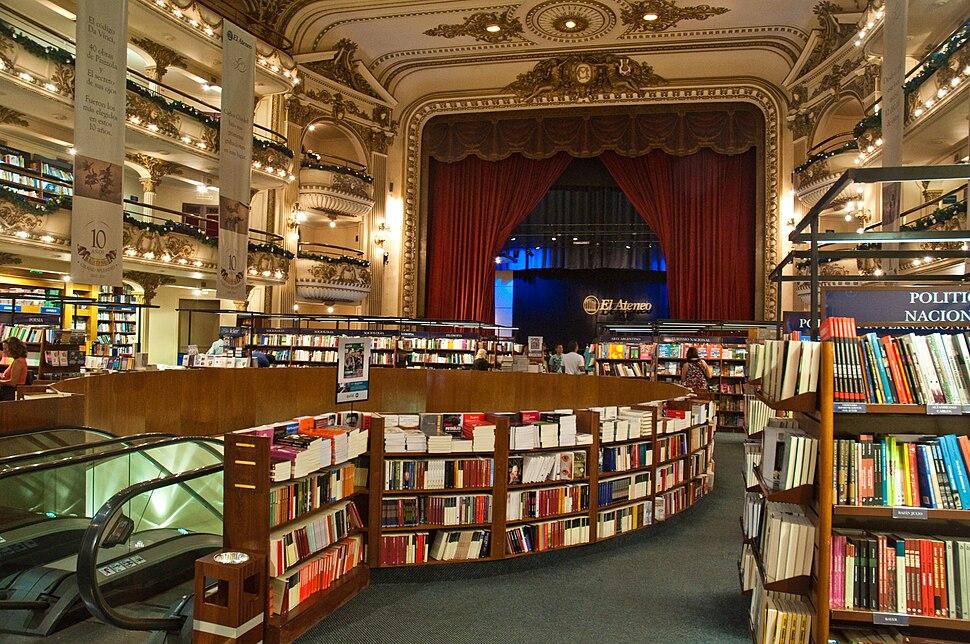 El Ateneo Grand Splendid Bookshop, Recoleta, Buenos Aires, Argentina, 28th. Dec. 2010 - Flickr - PhillipC