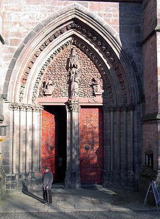 St. Elizabeth's Church, Marburg - Main portal
